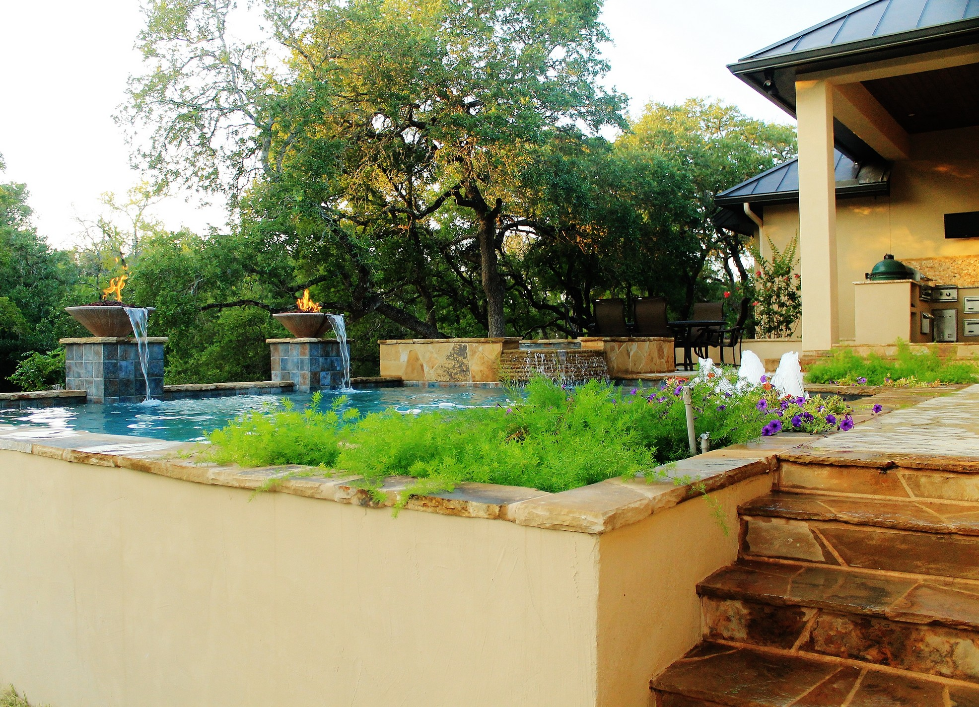 New Swimming Pool and Spa Combination Gallery - Trinity ... on Outdoor Living Pool And Spa id=26217