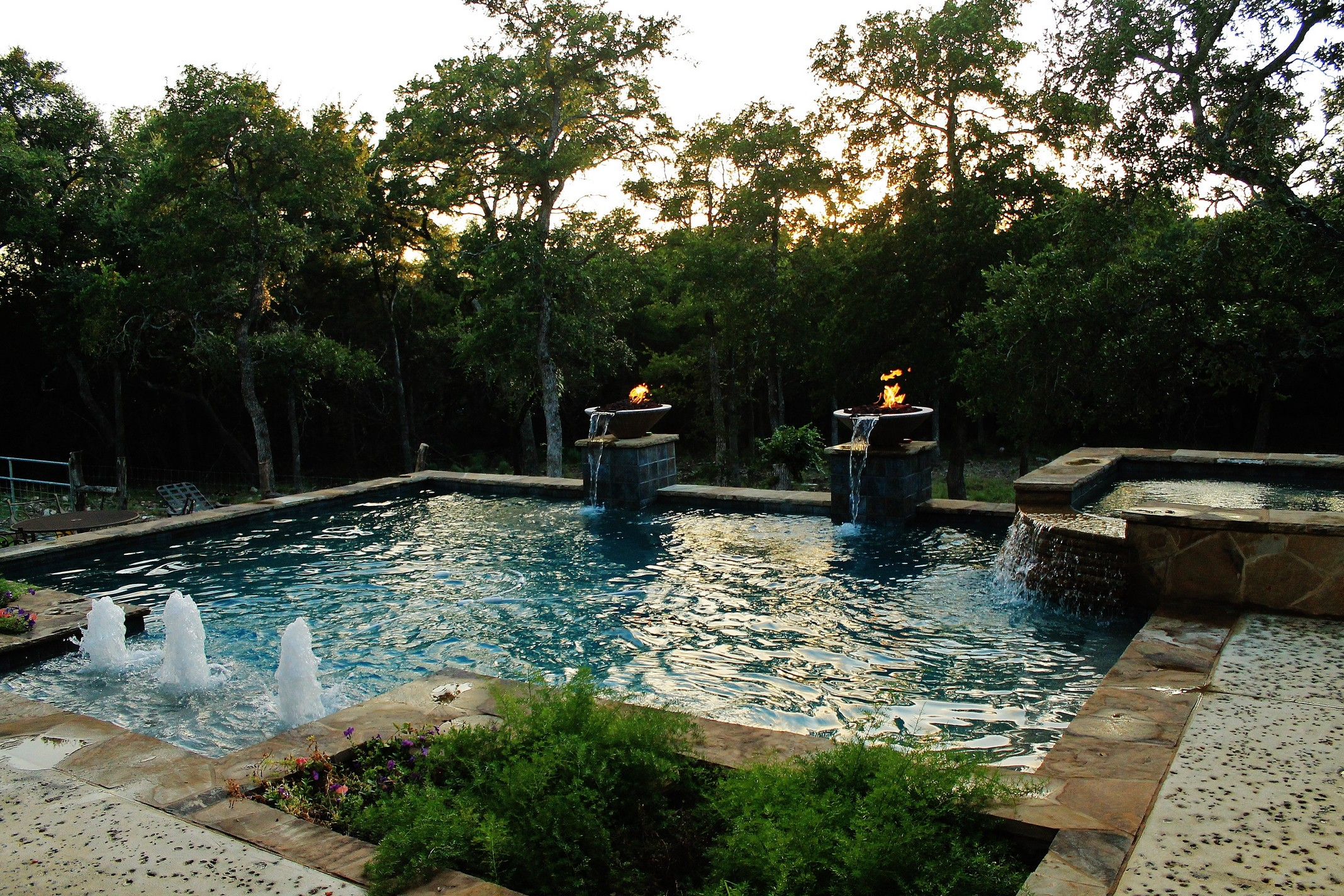 New Swimming Pool and Spa Combination Gallery - Trinity ... on Outdoor Living Pool And Spa id=56983