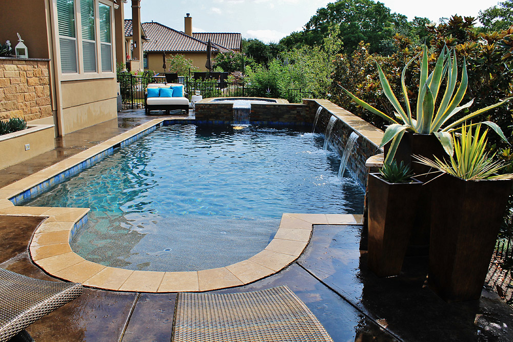 New Swimming Pool and Spa Combination Gallery - Trinity ... on Outdoor Living Pool And Spa id=52702