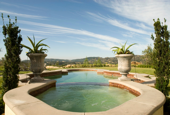 New Swimming Pool and Spa Combination Gallery - Trinity ... on Outdoor Living Pool And Spa id=37348